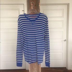 American Eagle blue & white waffle knit tee.